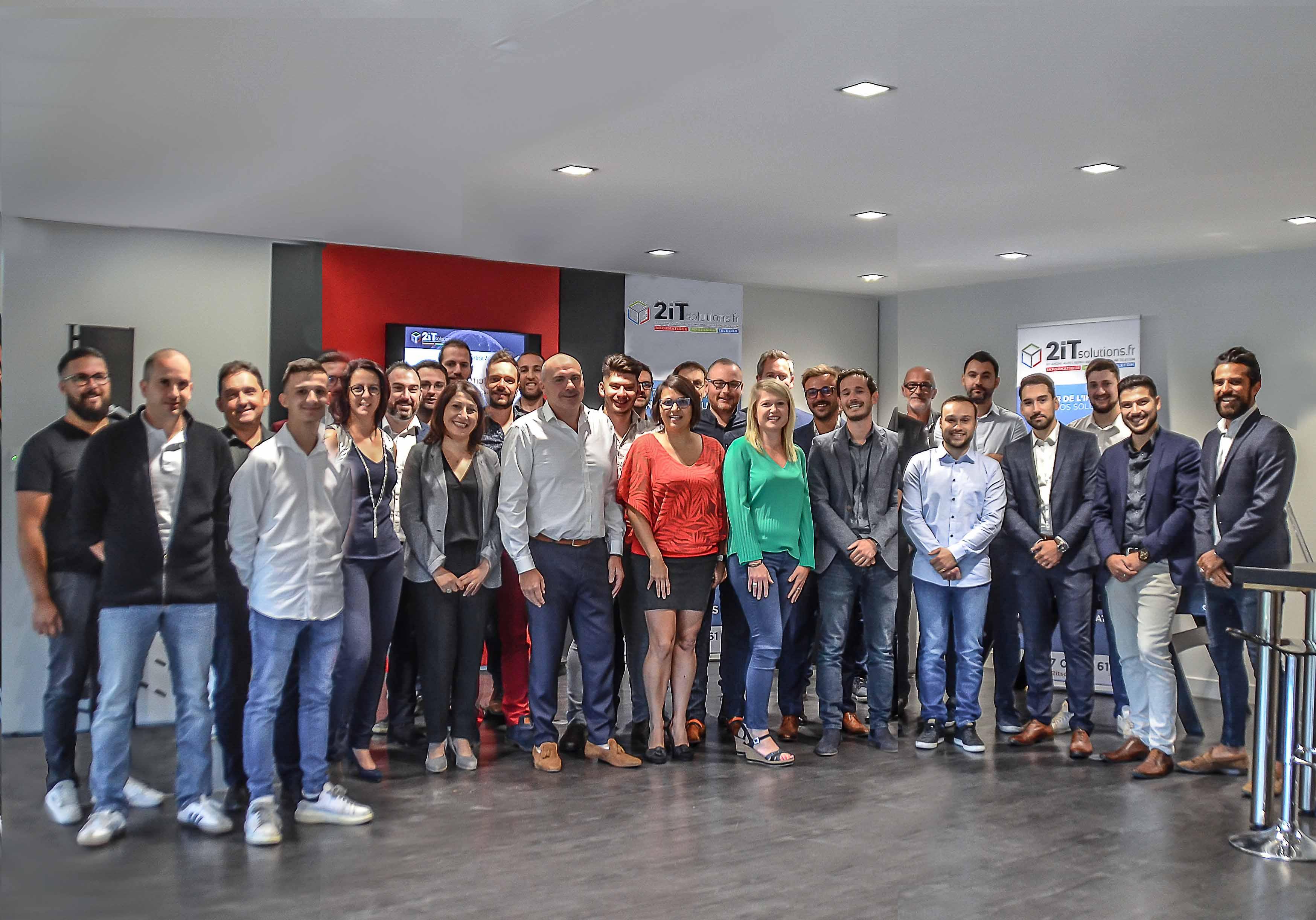 2iT Solutions, votre spécialiste Informatique, Impression et Télécom sur la région Auvergne-Rhône-Alpes.